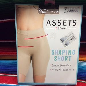 ASSETS SPANX  WOMEN SHAPING SHORT